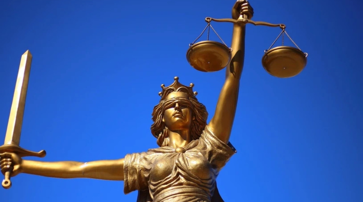 Vaccination Covid-19 : la fatale piqure de la judiciarisation